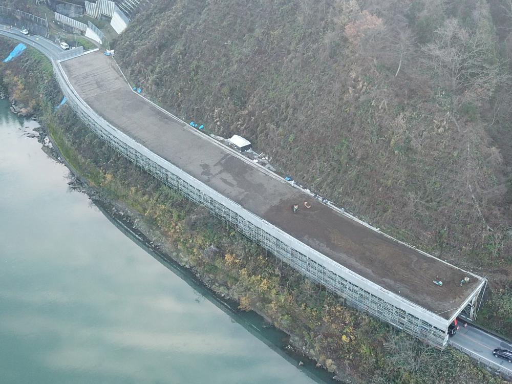 蔵岡地区構造物補修工事:画像
