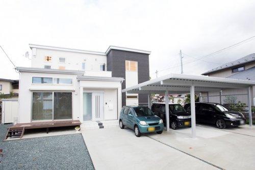 デザイン窓がおしゃれなシンプルモダン二世帯住宅 / 山形市A様邸:画像