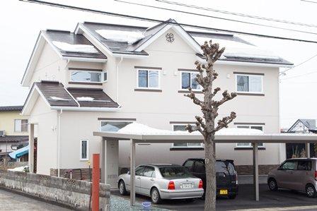 階層分離型の二世帯住宅 / 天童市W様邸:画像