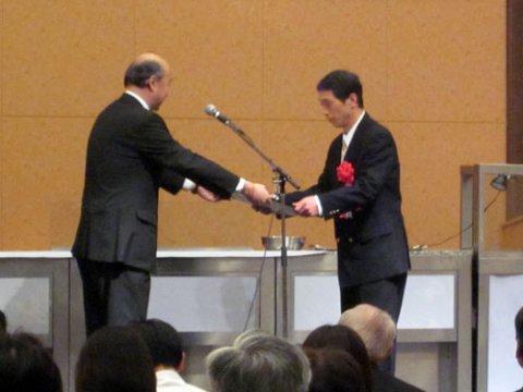 【2011最優秀賞】吉田製粉株式会社さま「手軽に飲むだけ玄米食」:画像