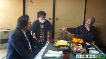米寿と100歳以上の人に記念品などを贈呈(H29.1.17)..:画像