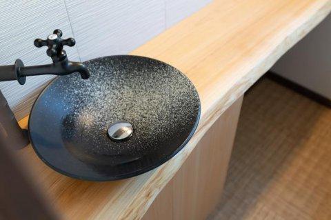トイレ 檜無垢カウンター:画像