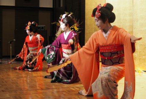 山形舞子さんもお祝いして下さいました。:画像