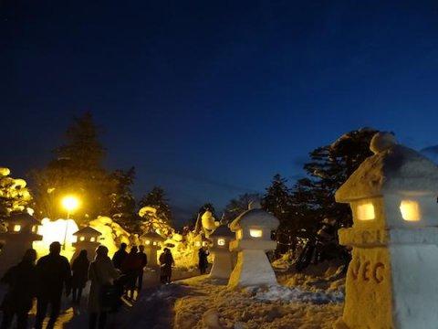 上杉伯爵邸の雪灯篭:画像