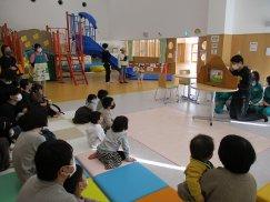 子育て支援センターを訪問しました(三川町中高生ボランティアサークル来夢来人):画像
