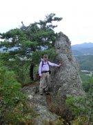 鈴沼コース中腹の『美多岩』:画像