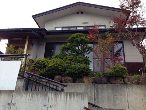 見晴らしの良い高台にある一軒家:画像