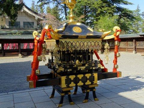 It is mikoshi in 2017-5-2 Uesugi Shrine: Image