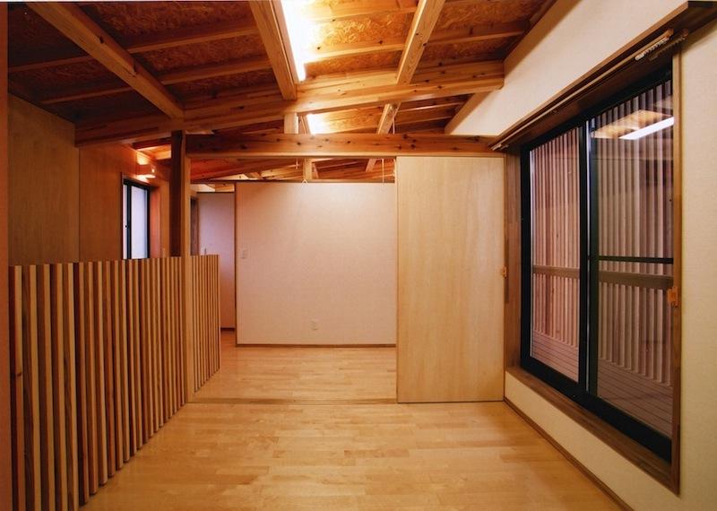 梁の見える家 photo 6