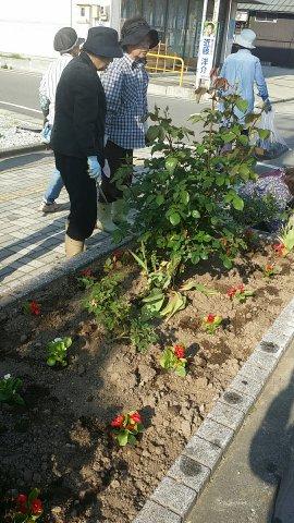 村山駅前花壇植栽:画像