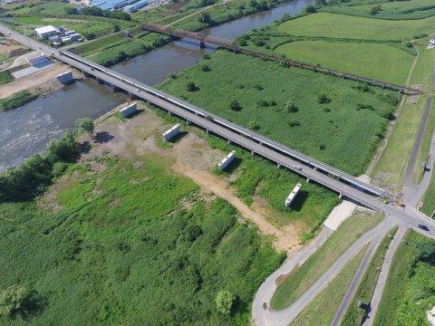 最上川上流鮎貝地区荒砥橋下部工工事:画像