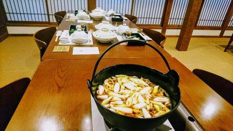 芋煮はアツアツで /はぎ苑:画像