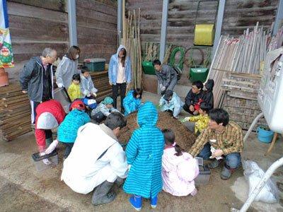 ☆親子チャレンジ教室 カブト虫を育てる教室2017                  第1回幼虫の育て方教室:画像