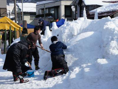【ながい雪灯り回廊まつり準備中!】:画像