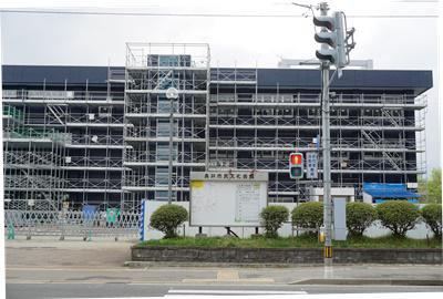 【「長井市民文化会館」改修工事進んでいます】:画像