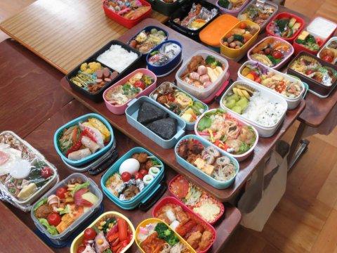 今日は致芳小学校「弁当の日」!:画像