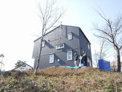 【郡山市富久山・ドミノY邸 】 足場が外れ、外構・植栽のイメージを共有:画像