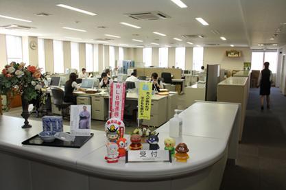 本部の職場風景