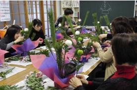 生花で作るお正月飾り