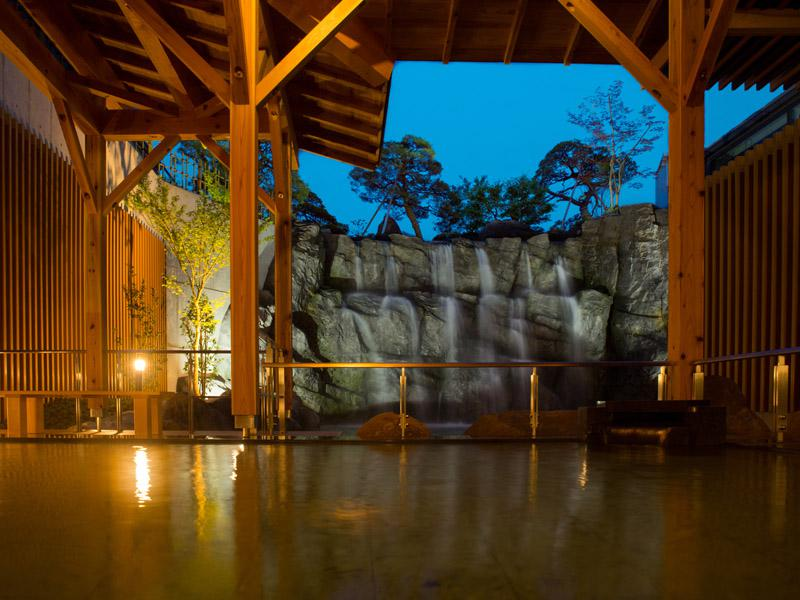 Season getting cold feels good with hot spring! : Image